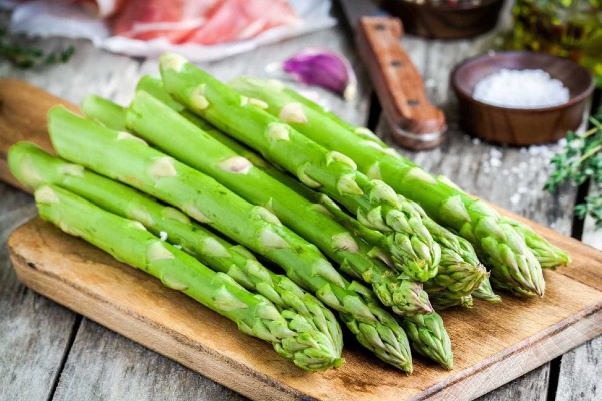 Alastramento do cancro da mama associado a espargos e outras comidas