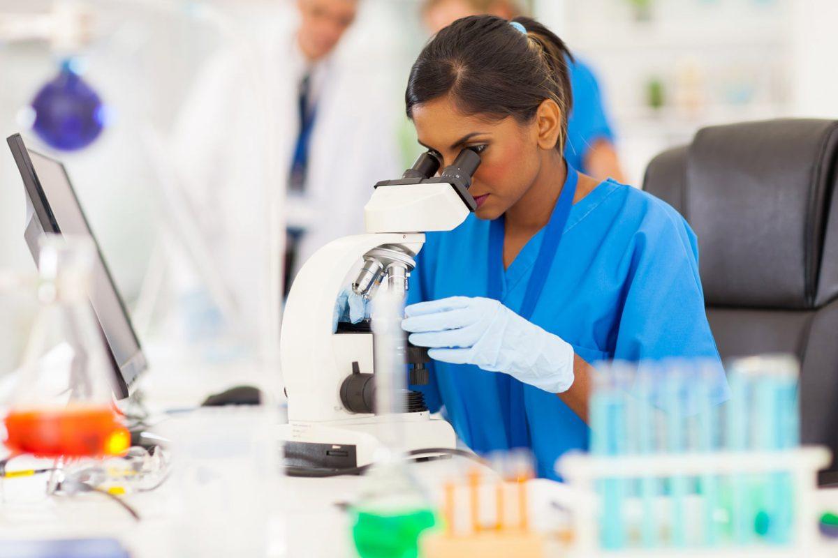 «Os cientistas devem continuar a lutar contra as notícias falsas»